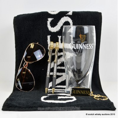 Guinness Drinkers Kit Including 2 x Pens, Sunglasses and Keyring