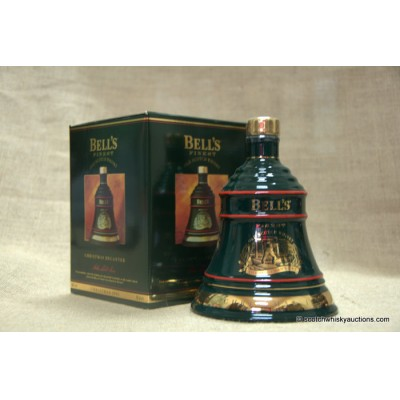 Bell's Decanter - Christmas 1993