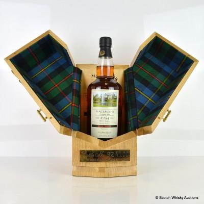 Glen Grant 1954 Over 50 Year Old Macleod's Carol Smillie Bottling