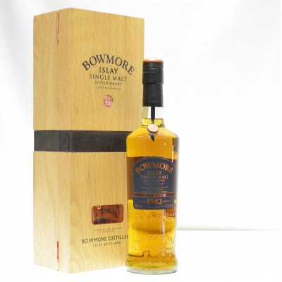 Bowmore 1982 Vintage Release 29 Year Old