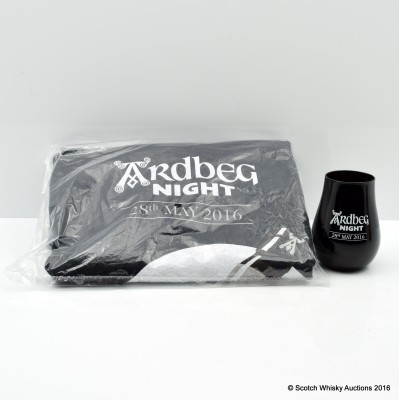 Ardbeg Night 2016 Glass & Ardbeg Night T-Shirt