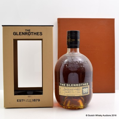 Glenrothes 1991 & Distillery Book