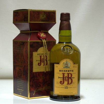 J&B 15 Year Old Reserve Xmas Cracker Box
