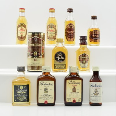 Assorted Miniatures 10 x 5cl Including Ballantine's 12 Year Old Gold Seal 5cl