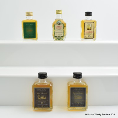 Assorted Miniatures 5 x 5cl Including Bennachie 21 Year Old 5cl