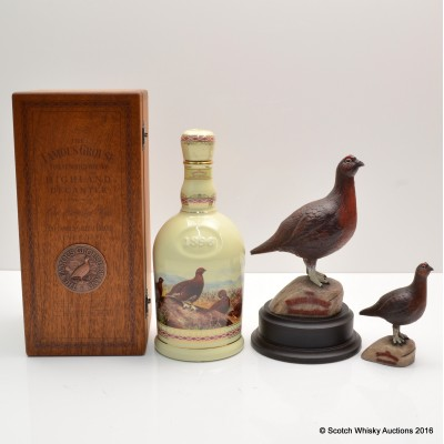 Famous Grouse Highland Decanter with 2 x Grouse Figurines
