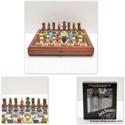 Jack Daniel's Chess Set & Jack Daniels Gaming Pack with Mini 5cl