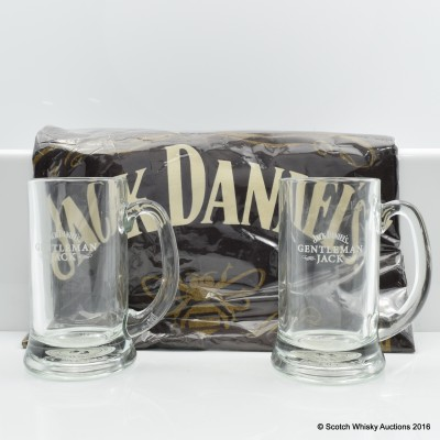 Jack Daniel's Tennessee Honey T -Shirt & Gentleman Jack Glasses x 2