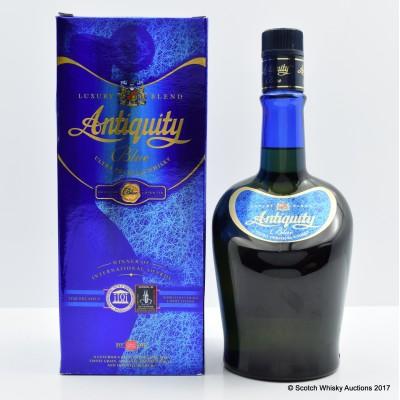 Antiquity Blue 75cl