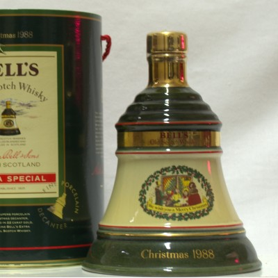 Bell's Decanter Christmas 1988 75cl