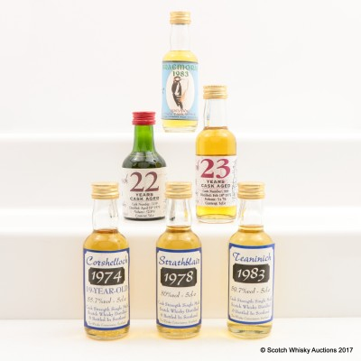 Assorted Whisky Connoisseurs Minis 6 x 5cl Including Largiemeanoch 23 Year Old 5cl