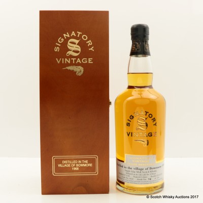 Bowmore 1968 32 Year Old Signatory