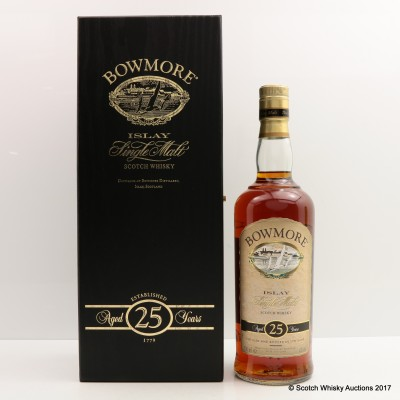 Bowmore 25 Year Old Old Style