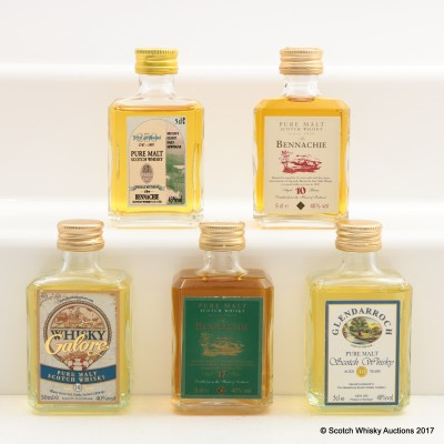 Assorted Minis 5 x 5cl Including Bennachie 17 Year Old Pure Malt