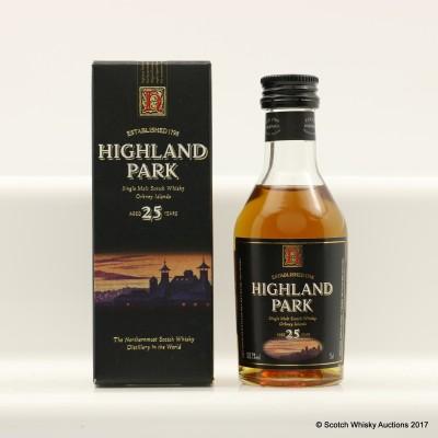 Highland Park 25 Year Old Dumpy Bottle Mini 5cl