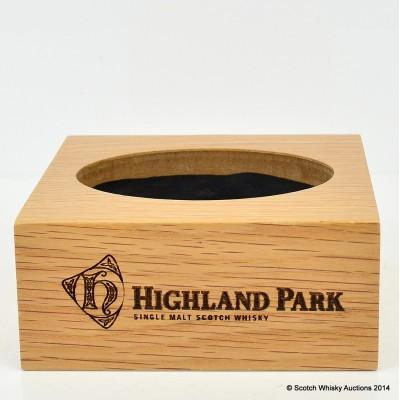 Highland Park Wooden Bottle Plinth